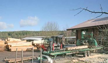 Mobile Säge sorgt für Massivholzküchen im Jahr 2011