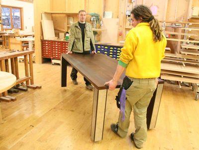Massivholztisch aus Thermobuche