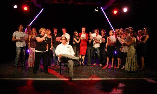 Internationale Musicalstars beim Fest der Agentur Artinia in Dehnberg