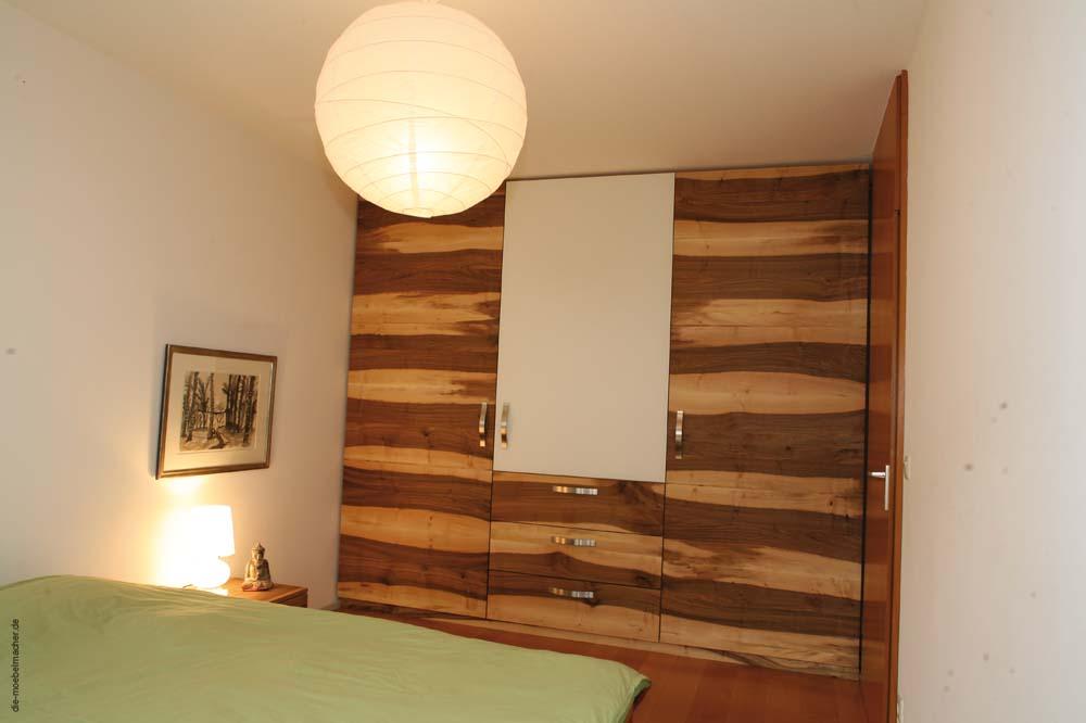die m belmacher auf der consumenta 09 ergonomischer. Black Bedroom Furniture Sets. Home Design Ideas
