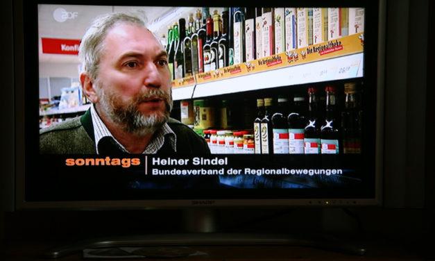 """Ulrich Hansen macht für ZDF-""""Sonntags"""" eine ausgewogene Sendung zur Regionalbewegung, der Nürnberger (Park-)Bankkrise und den Möbelmachern"""
