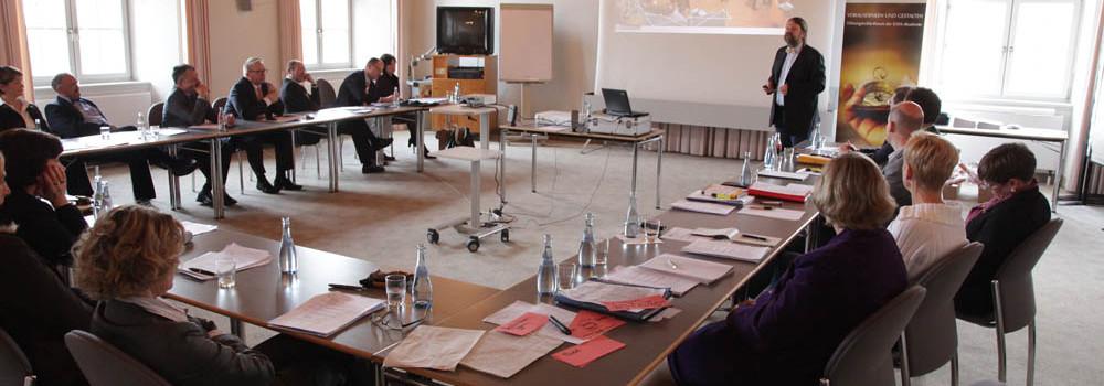 """Vortrag """"Nachhaltigkeit im Unternehmen"""" auf der Führungskräftetagung der KWA in Bad Irsee"""