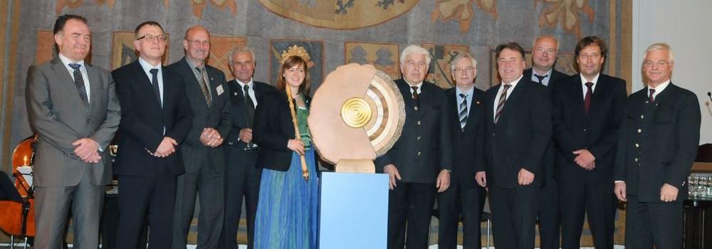 Cluster Forst und Holz Bayern feiert das 5-jährige Jubiläum im Müncher Landtag