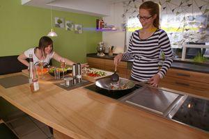 KüchePaulusI__0146WOKBraten