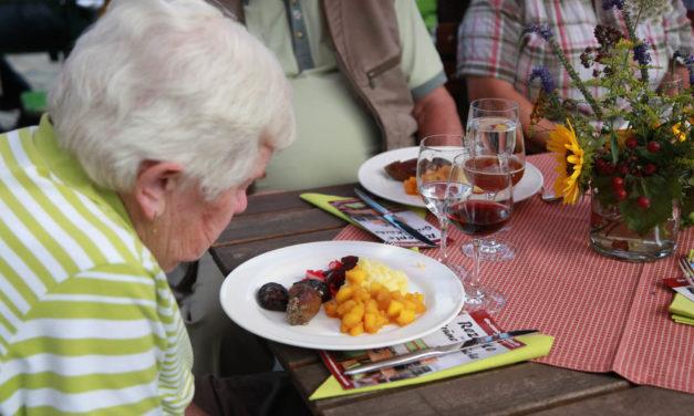 BIOerleben 2012 in Nürnberg Teil 3: Sonntag mit Kirche bei Sonnenschein