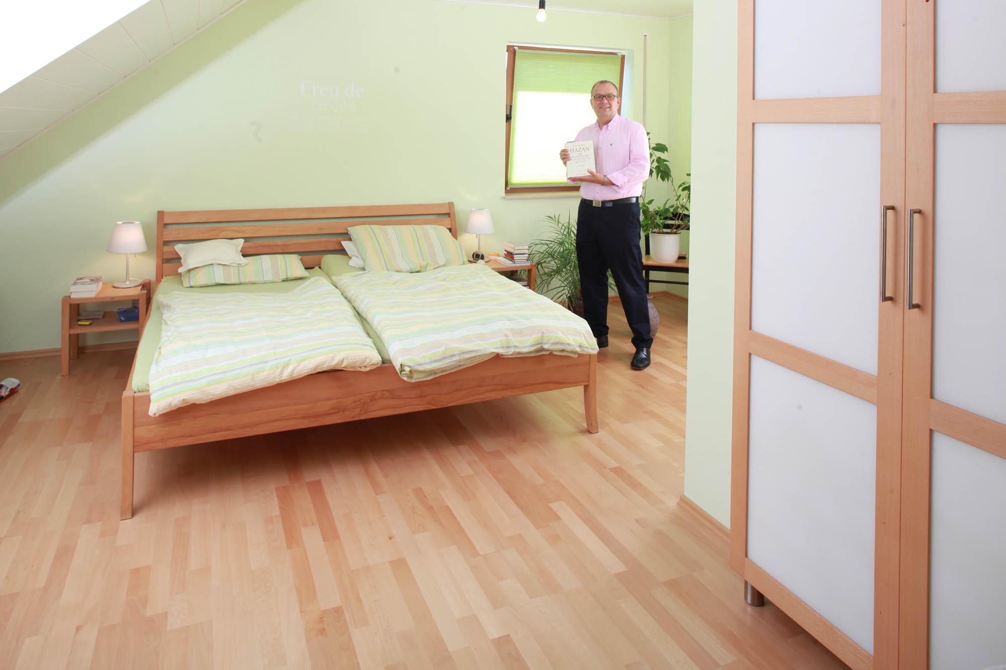 Fußboden Schlafzimmer Einrichten ~ Das gesunde schlafzimmer vom fußboden über die massivholzmöbel bis