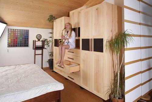 das gesunde schlafzimmer vom fu boden ber die massivholzm bel bis zur beleuchtung das. Black Bedroom Furniture Sets. Home Design Ideas