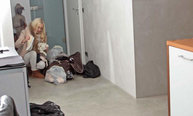 Letzte Fototour 2013 für schicken Essplatz, arabisches Schlafzimmer und Badezimmer mit Model Sabrina