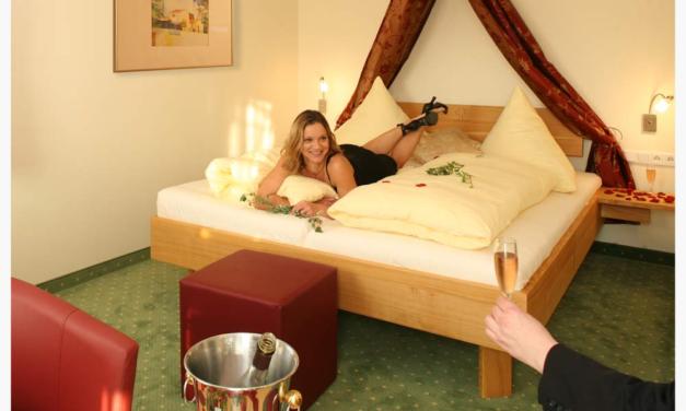 Weiterentwicklung von Hotelzimmern im Grünen Baum Kühnhofen