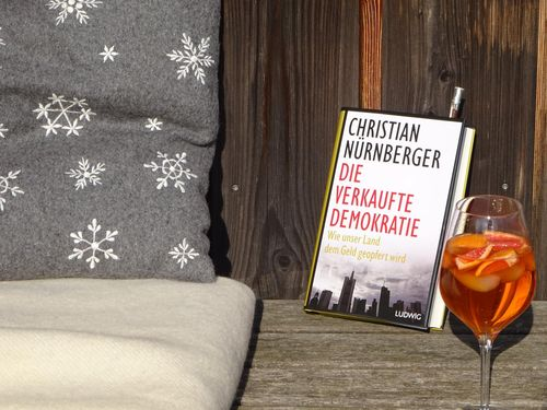 """Die verkaufte Demokratie"" – Lesung mit Autor Christian Nürnberger am 26. Juni 2015"