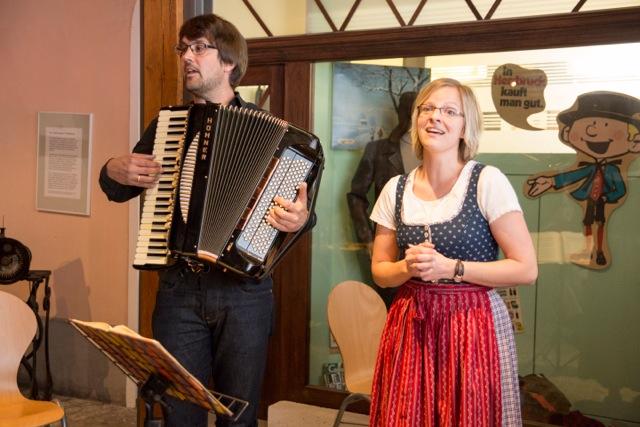 Regina und Christoph Utz machen wunderbare Volksmusik