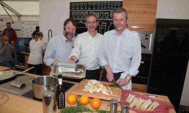 Spargelsalat mit Saibling von Dr. Ulrich Maly auf der Gewerbeschau Hersbruck 2015
