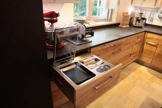 tag der k che aus massivholz am 26 sept 2015 sous vide garen mit unseren k chenkunden das. Black Bedroom Furniture Sets. Home Design Ideas