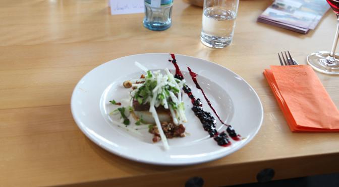 Kocheinrichtung Nr. 7: Hirsch mit Rettich x 2 live von der Consumenta