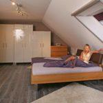 Die Nürnberger Nachrichten entdecken Wohngesundheit und Massivholzmöbel