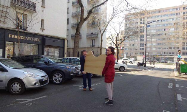Paris im April: Schreibtisch für Claudia