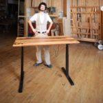 Höhenverstellbarer Schreibtische aus Massivholz mit LINAK-Technik: ergonomisches Arbeiten auf höherem Niveau