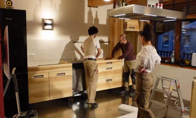Videodokumentation: Neue Massivholzküche aus fränkischer Esche jetzt in unserer Ausstellung